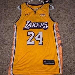 Kobe Bryant Official Swingman NBA jersey